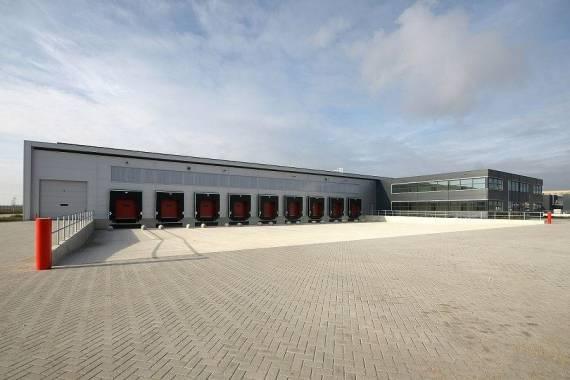 Conception Dun Quai De Chargement Stertil Dock Products